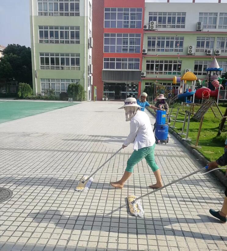 幼儿园地面防滑 地面防滑瓷砖防滑